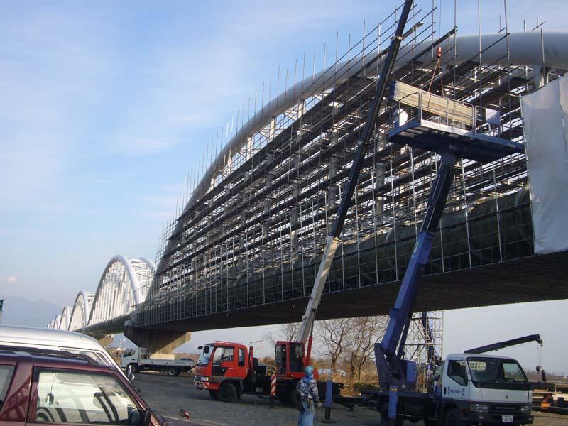 松原塗装 水管橋 / (2006)